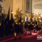 Los armaos salen de la Basílica del Gran Poder / JOSÉ ANTONIO ZAMORA