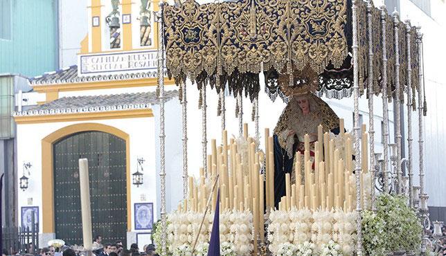 Virgen de Guadalupe en la tarde del Lunes Santo