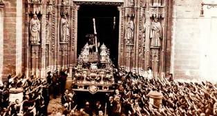 Jesús del Gran Poder sale de la Catedral el 7 de mayo de 1939