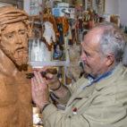 Luis Álvarez Duarte en su taller / FOTO: Juan José Úbeda.