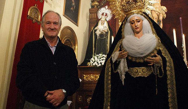 Álvarez Duarte junto a la Virgen de Guadalupe / JAVIER COMAS