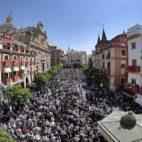 Vista aérea de la Plaza del Salvador en en la salida de la Borriquia / SERRANO