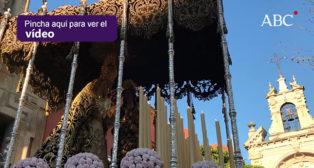 El «nuevo» Martes Santo regala una estampa histórica en la salida de la Virgen del Dulce Nombre - Semana Santa de Sevilla 2018