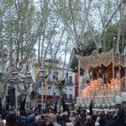 La Macarena por la Plaza del Cristo de Burgos / JAVIER COMAS