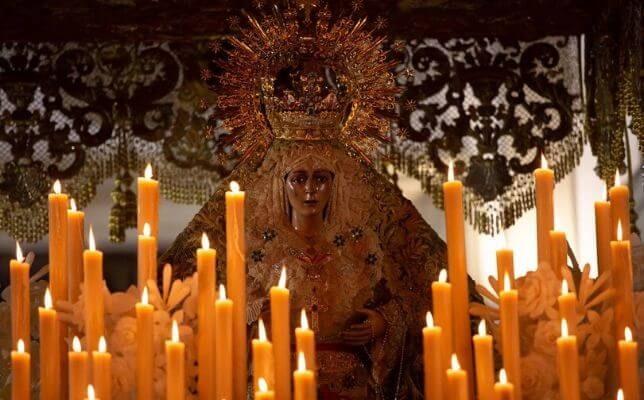 La Macarena en la Madrugada del Viernes Santo. Foto: Vanessa Gómez