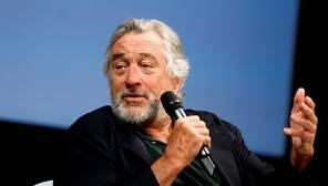 ¿Cuánto cobran estrellas de cine como Robert de Niro por participar en una serie?