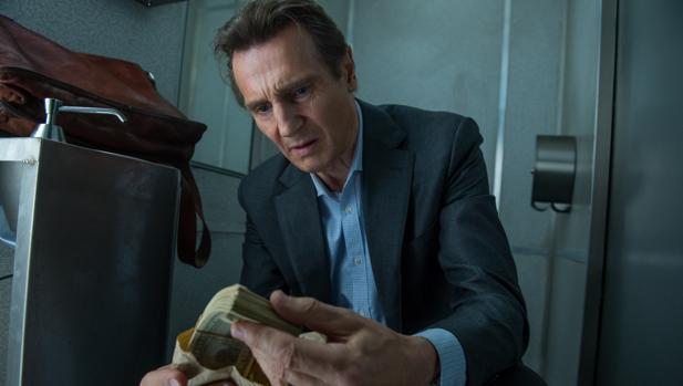 El actor Liam Neeson, de 65 años, interpreta a un expolicía