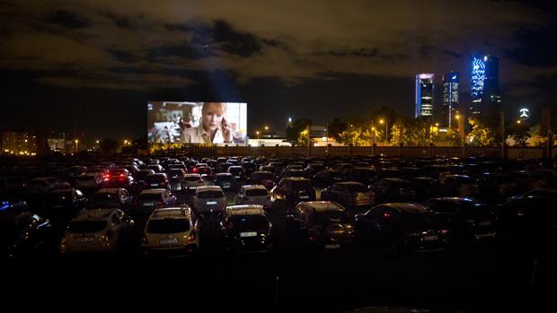 Así se vió la película en Autocine Madrid Race