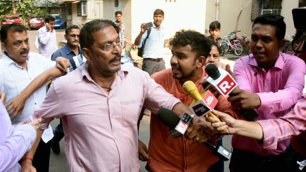 El actor Nana Patekar, acosado por los medios después de las acusaciones de la actriz Tanushree Dutta