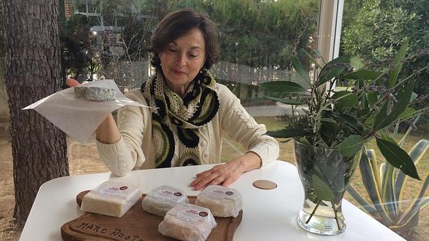 María Orzáez se afincó en 2001 en Castilblanco, donde fundó «Mare Nostrum»