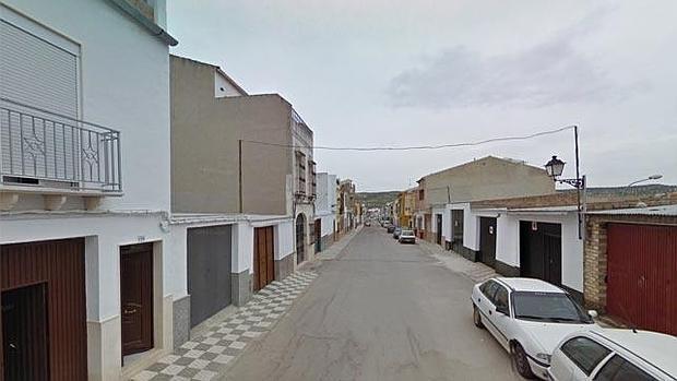 Calle Tres de Abril en el municipio de Badolatosa donde se ha producido el tiroteo