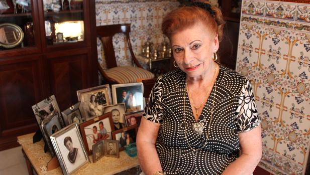 Dorita en su casa de La Algaba, su pueblo natal, al que regresó con su familia en 1977