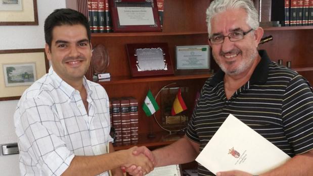 José María Fernández, exalcalde de Espartinas por Ciudadanos, e Ignacio Rubio (PSOE)