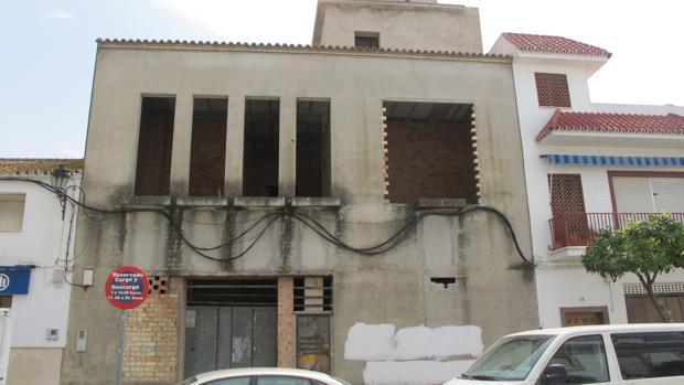 Edifiicio inconcluso destinado a la fundación Lebrija Solidaria