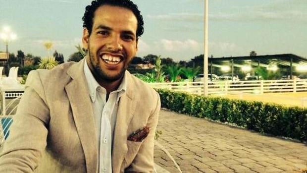 Azman Mohamed Yahya, español de 25 años, retenido en el Sahara por su familia biológica