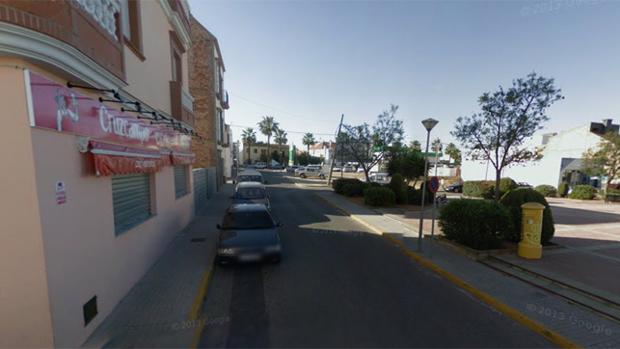El atropello del agente se produjo en la calle Huerta Viña Don Juan, donde está la cervecería «El Botellín»