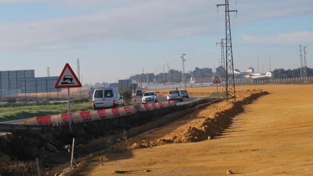Obras en la carretera que une Alcalá de Guadaíra con Dos Hermanas