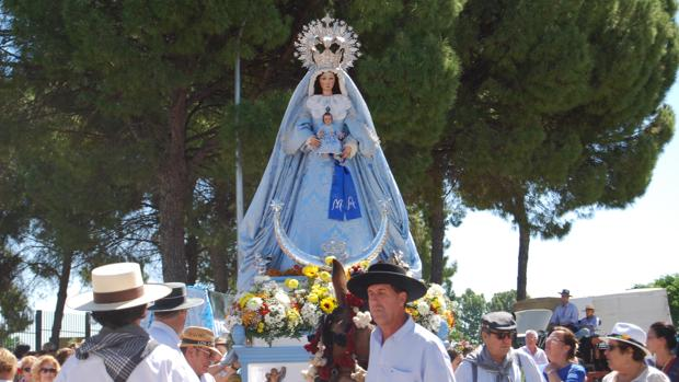 La Virgen de los Ángeles, durante una edición pasada de la romería de Nuestra Señora de los Ángeles