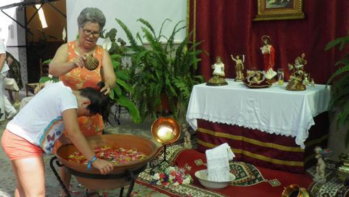 Altaritos de San Juan en Fuentes de Andalucía