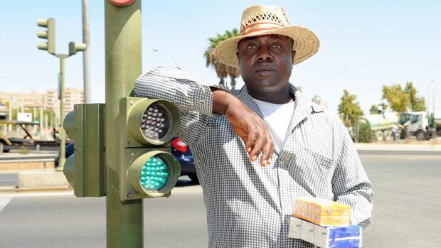 El inmigrante nigeriano que entregó a la Policía una cartera perdida con miles de euros ha fallecido en Sevilla