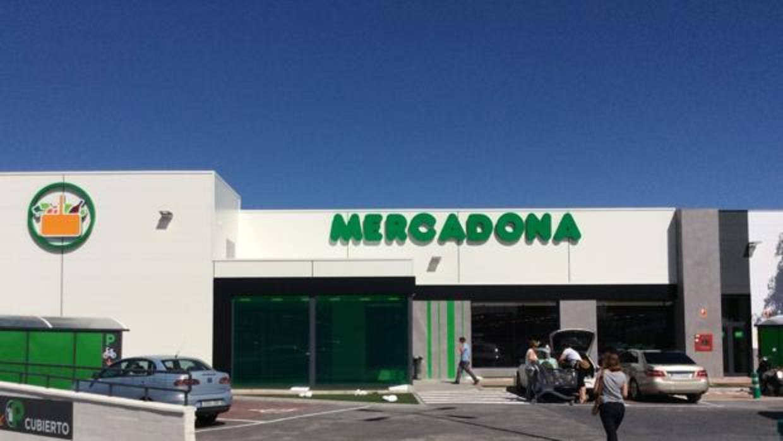 Mercadona abre en mairena del alcor la primera tienda de for Piscina mairena del alcor 2017