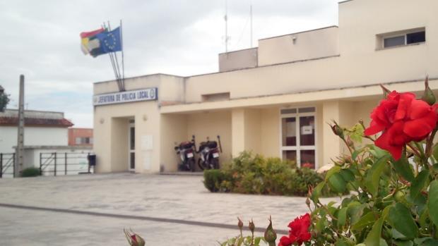 Jefatura de la Policía Local de Coria, lugar donde ha tenido lugar el accidente