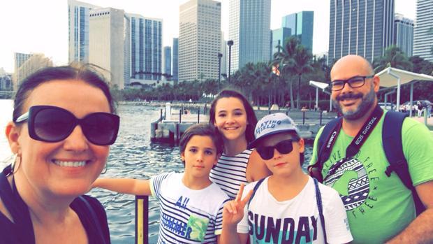 La familia de Dos Hermanas atrapada por el huracán