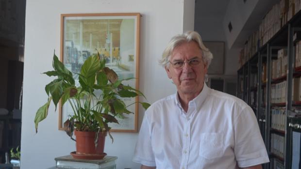 Antonio Barrionuevo es el arquitecto que ha llevado a cabo el parque Olivar del Zaudín, en Tomares