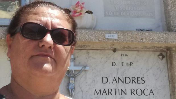 Juana Escudero, en el cementerio Parcemasa San Gabriel de Málaga