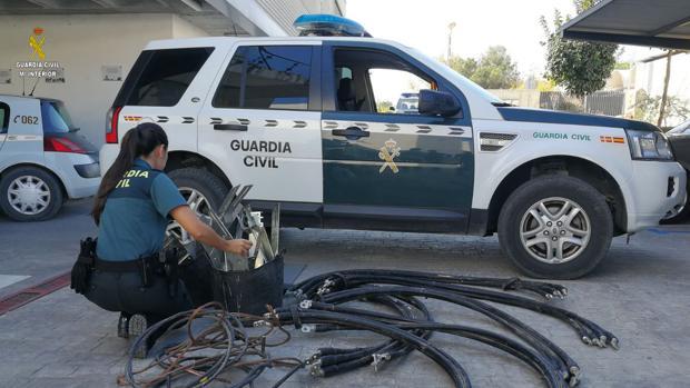 La Guardia Civil ha detenido a un vecino de Utrera que robó cableado de cobre