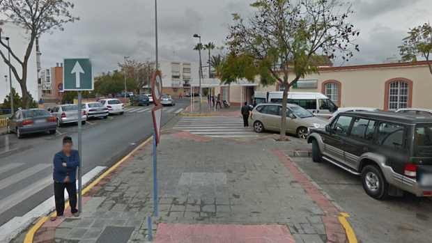 La vivienda deshabitada se encuentra en el barrio de Doña Mercedes de Dos Hermanas