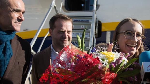 Antonio Conde, alcalde de Mairena, en el centro de la imagen