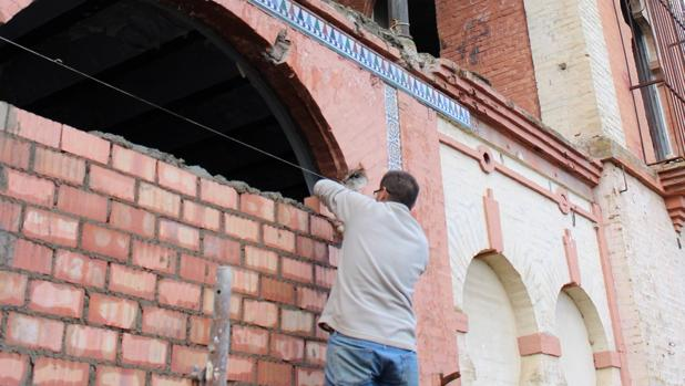 Obras de cerramiento de la casa mudéjar de Otto Engelhardt