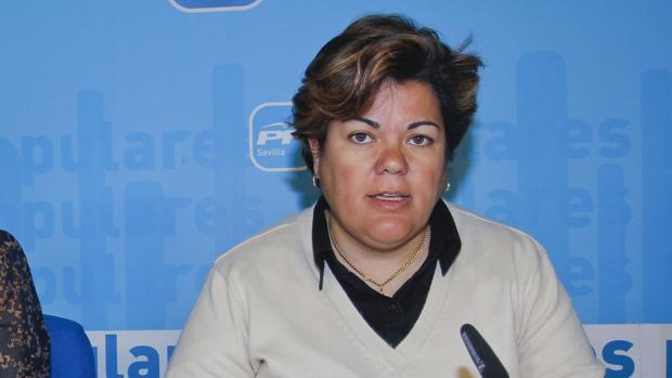 María Eugenia Moreno, portavoz del PP de Huévar, ha alertado de una oleada de robos