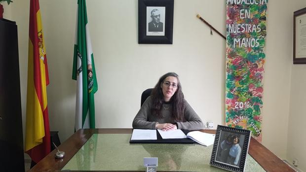 La delegada de Servicios Sociales, Belén Botella, en su nuevo despacho, por un día