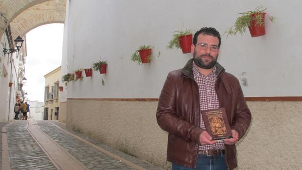 Eusebio José García en la emblemática calle Monjas, junto al convento de las madres concepcionistas