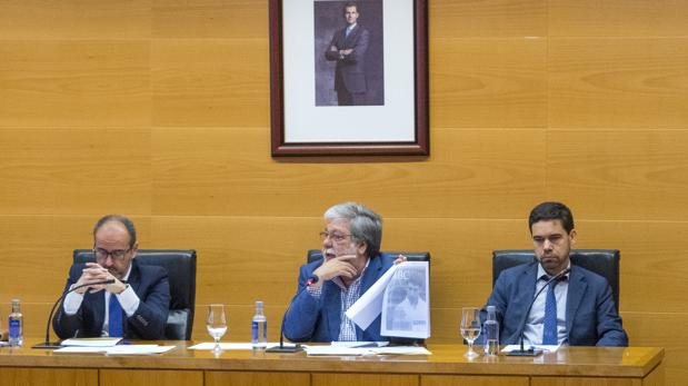 Manuel Varela ha solicitado al Juzgado que investigue al alcalde nazareno Francisco Toscano