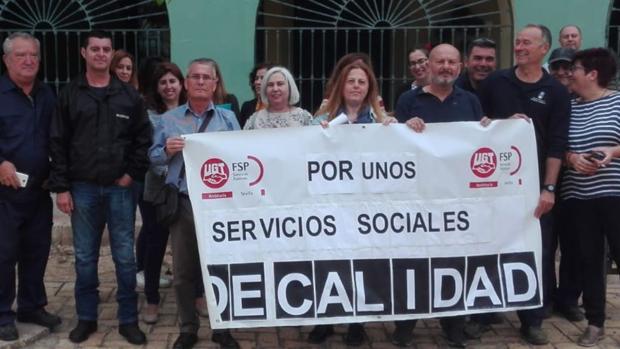 Los trabajadores del Centro de Servicios Sociales sufren agresiones y amenazas