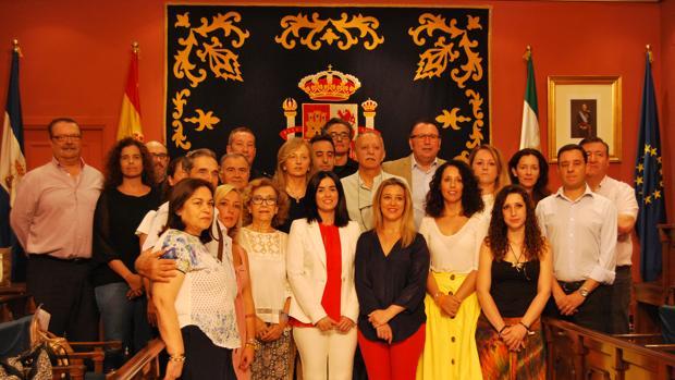 El salón de Plenos del Ayuntamiento acogió el acto en recuerdo de las víctimas del terrorismo