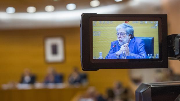 La Cámara de Cuentas de Andalucía fiscaliza los contratos laborales en el Ayuntamiento de Dos Hermanas en 2014