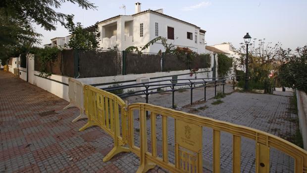 Urbanización Sport Aljarafe, desalojada por riesgo de derrumbe