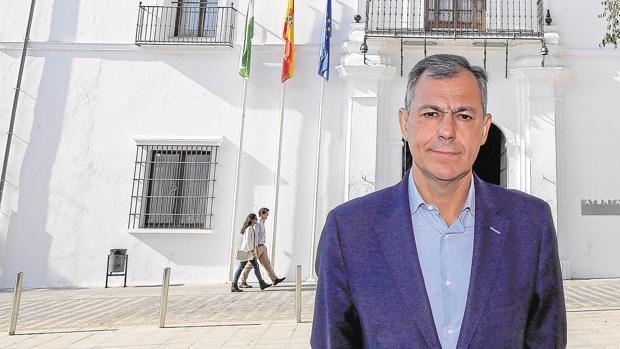 José Luis Sanz, alcalde de Tomares