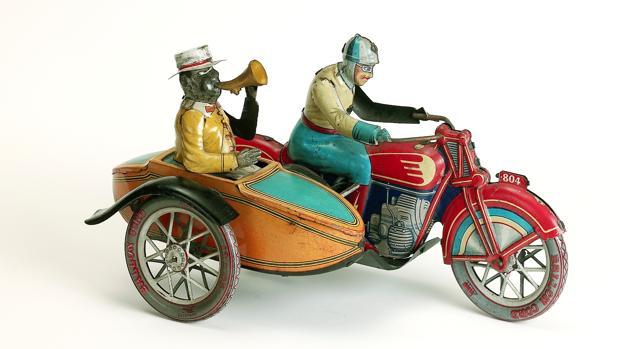 Tomares acoge la mayor exposición de juguetes antiguos nunca vista en Andalucía