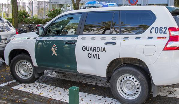 Un vehiculo de la Guardia Civil