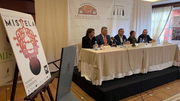 Momento de la presentación oficial del festival de la Mistela de Los Palacios
