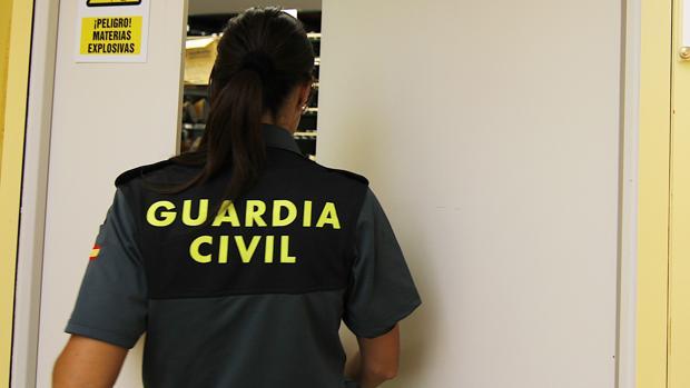 Los agentes de la Guardia Civil fueron recibidos con disparos cuando fueron a notificar una denuncia por lesiones y amenazas