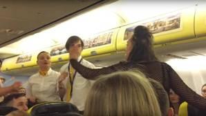 Ryanair expulsa de un avión a un grupo de chicas de una despedida de soltera