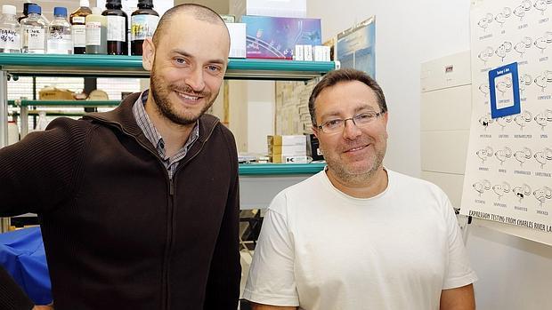 David Moreno, a la izquierda, es el autor principal del estudio