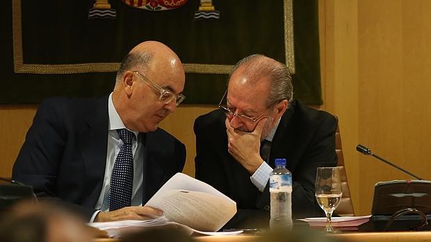 Villalobos, durante un pleno reciente de la Diputación