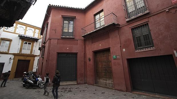 El ayuntamiento unido por la recuperaci n de la casa murillo for Casas de sofas en sevilla
